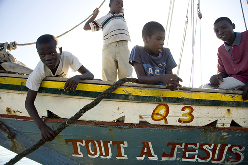 Haiti-kids-in-boat