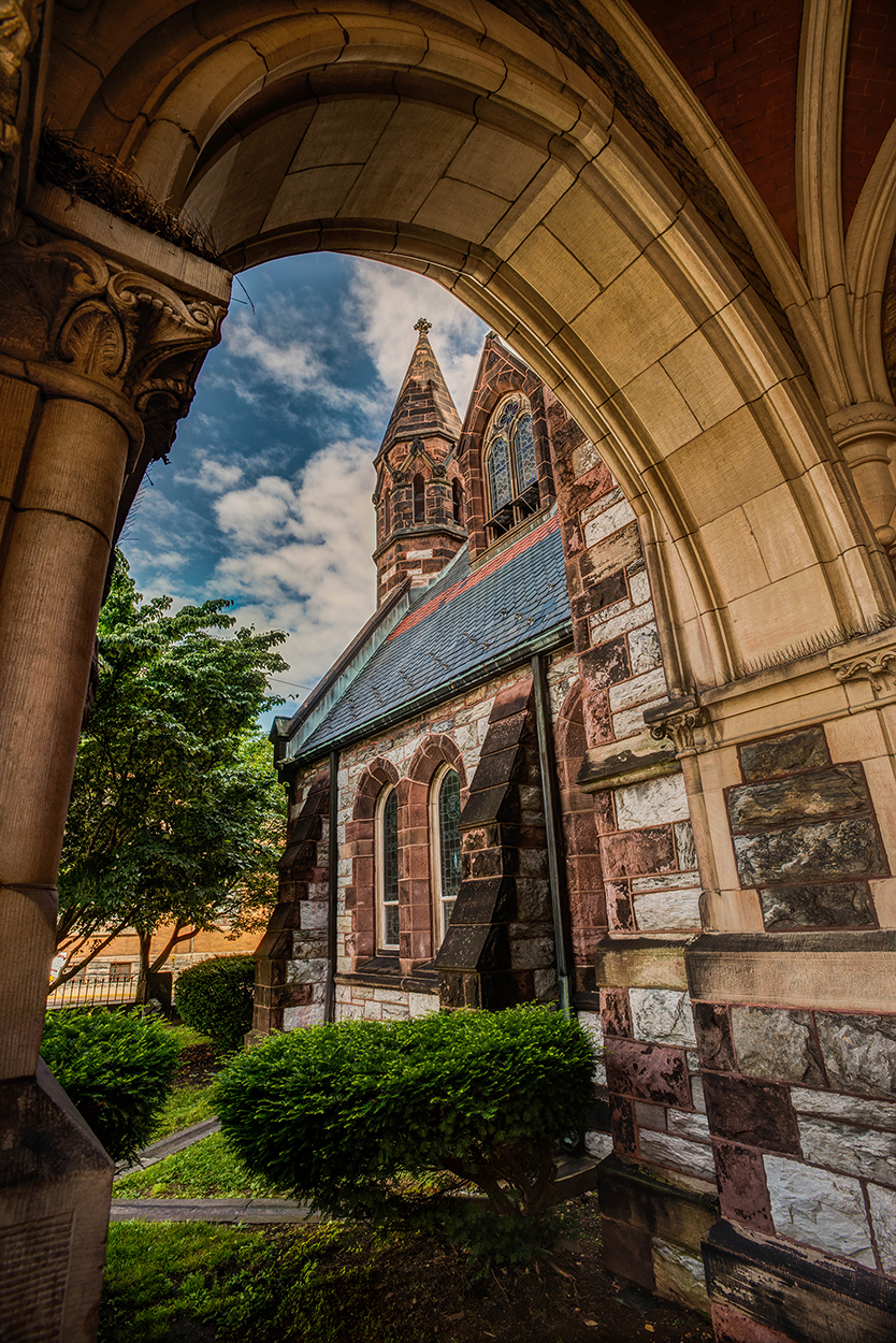 St-Lukes-Episcopul-Chruch-3
