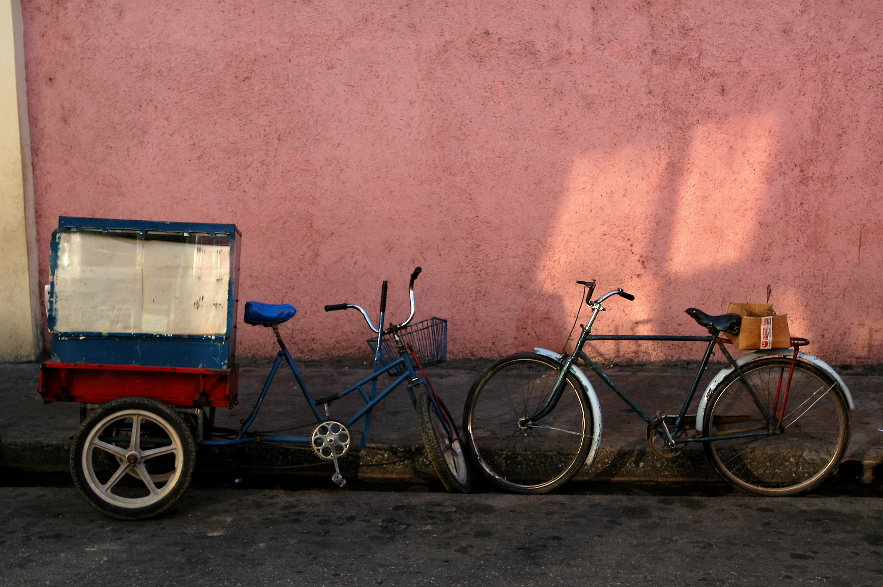 Two-Bikes-Pink-Wall